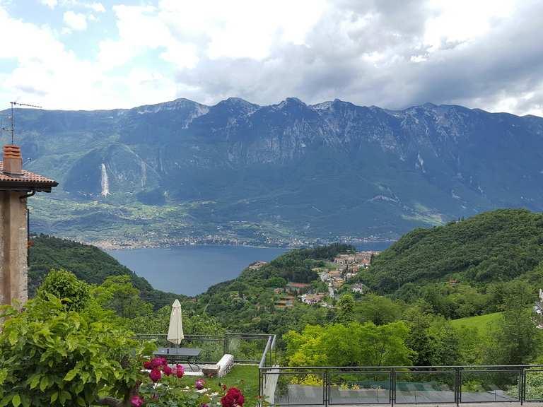 Pieve Terrazza Del Brivido Loop From Via Belvedere