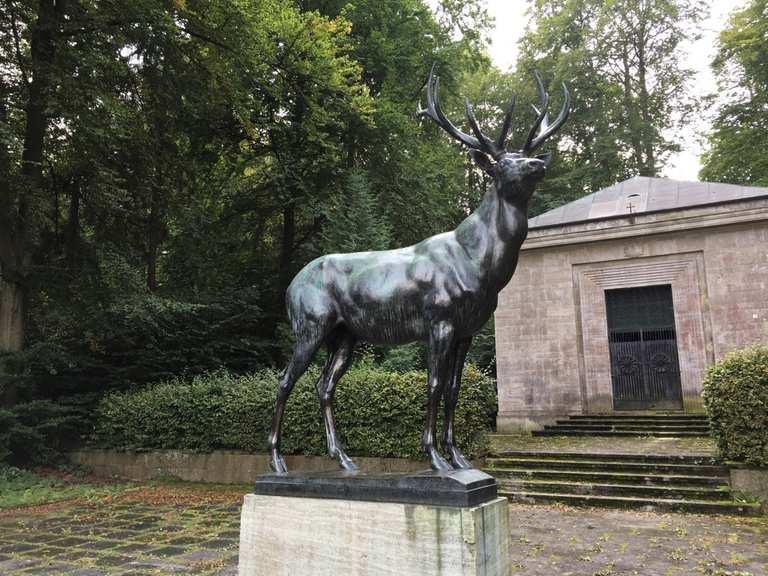 Bronzener Hirsch