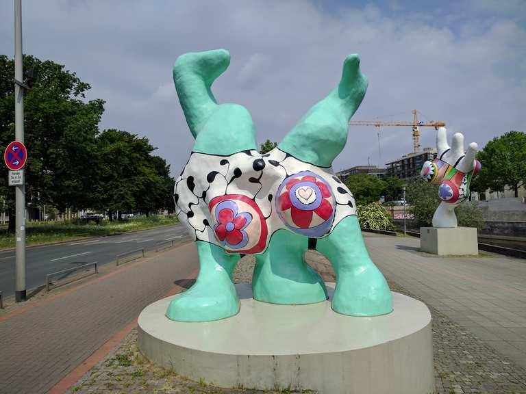 Nana-Figuren von Niki de Saint Phalle - Lower Saxony