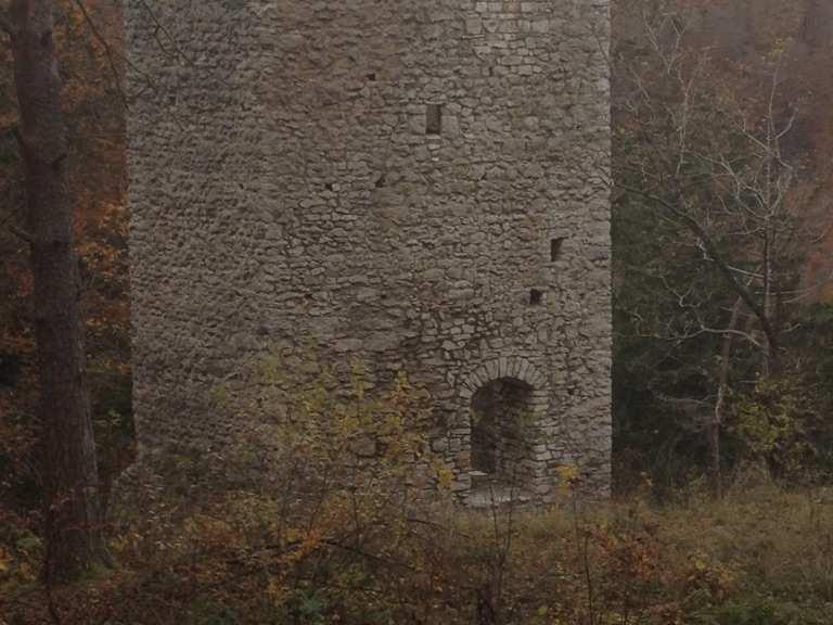 Kletterausrüstung Reutlingen : Burgruine hohenerpfingen sonnenbühl reutlingen wandertipps
