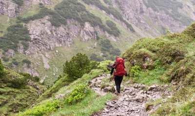 Auf zwei Füßen auf dem E5 über die Alpen