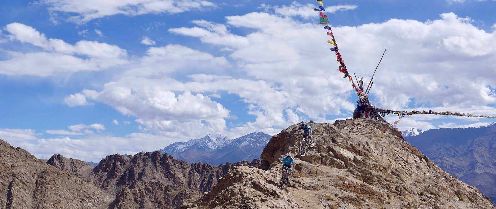 Himalaya – mountain biking at the roof of the world