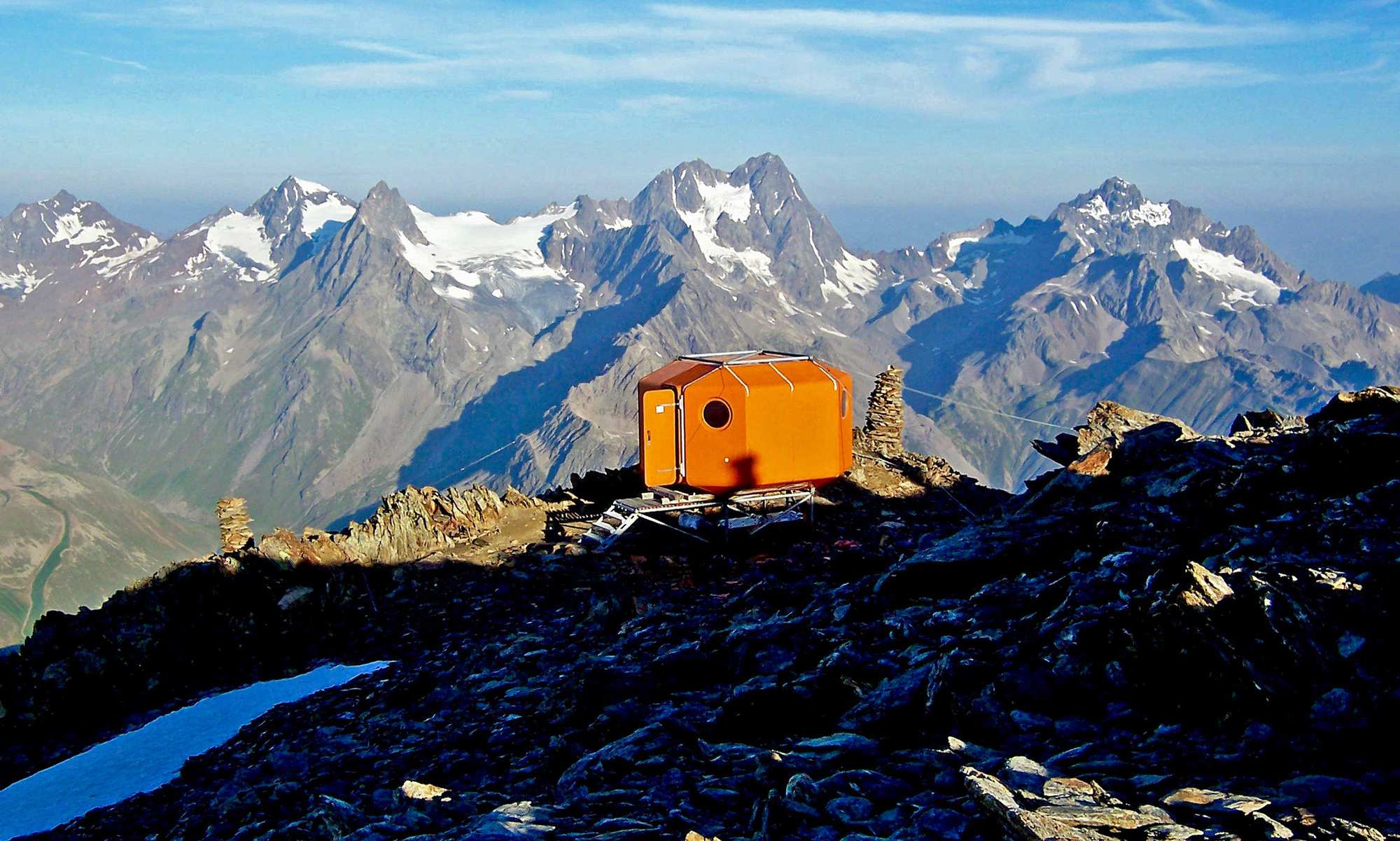 On another level – bivouacs above 2,600 meters