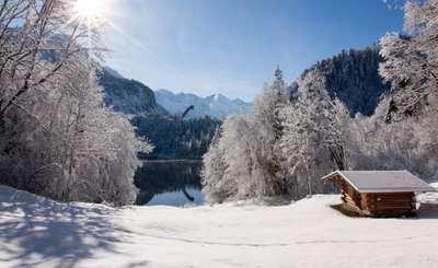 Friedliche Stille: Winterwandern in Oberstdorf