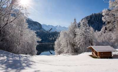 Friedliche Stille: Winterwandern in Oberstdorf