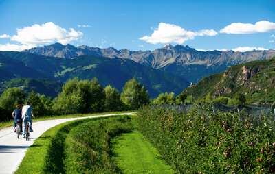 Auf dem Etschtalradweg durch Südtirol