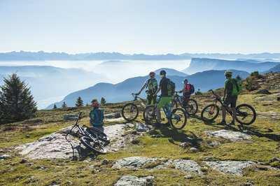Auf die Trails, fertig, los! – Südtirols BikeHotels erwarten dich